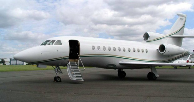 Falcon 900EX Private Jet of Mukesh Ambani