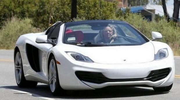 Lady Gaga Auto
