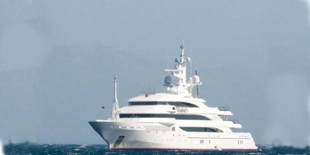 Laksmi Mittal Yacht Gizmo-Laden
