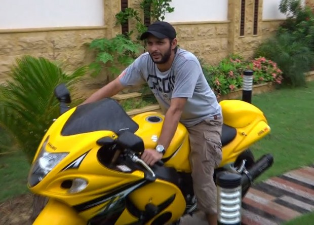 Afridi with His Suzuki Hayabusa