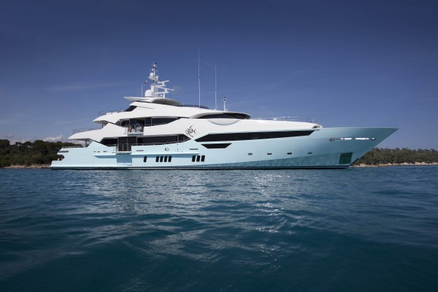 Wang's Sunseeker Yacht