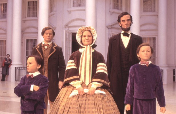 Abraham Lincoln Family Statues in Museum