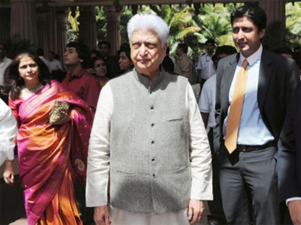 Azim Premji with his wife and son