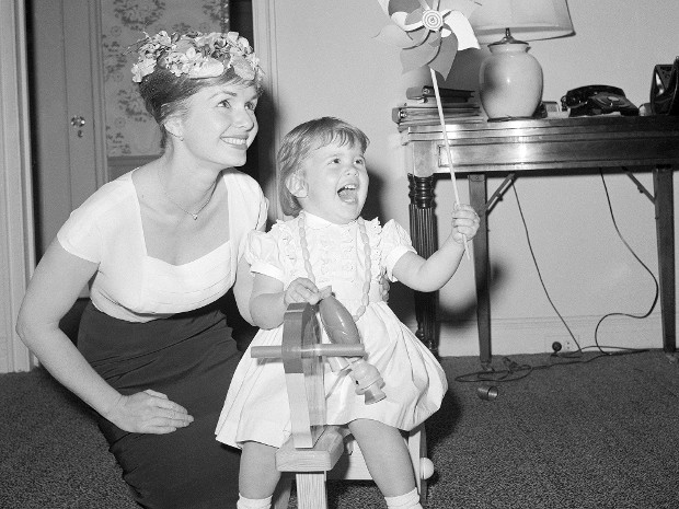 Star Wars princess with her mom Debbie Reynolds