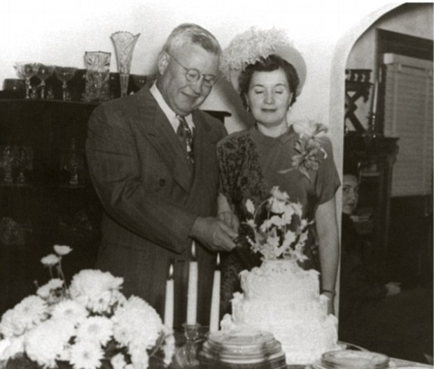 Colonel Sanders with His Wife Claudia Ledington-Price in 1948