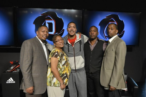 D Rose with His Brothers and Mother