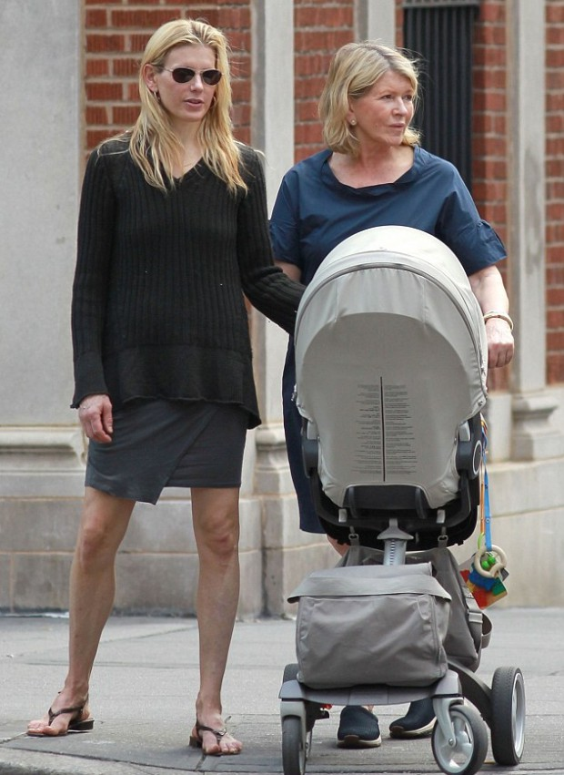 Martha Stewart with her daughter and her grand daughter