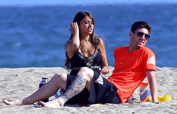 Lionel Messi And His Girlfriend Antonella Roccuzzo