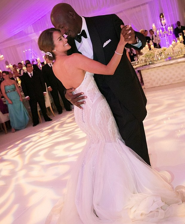 Yvette Prieto and Michael Jordan Wedding Moments
