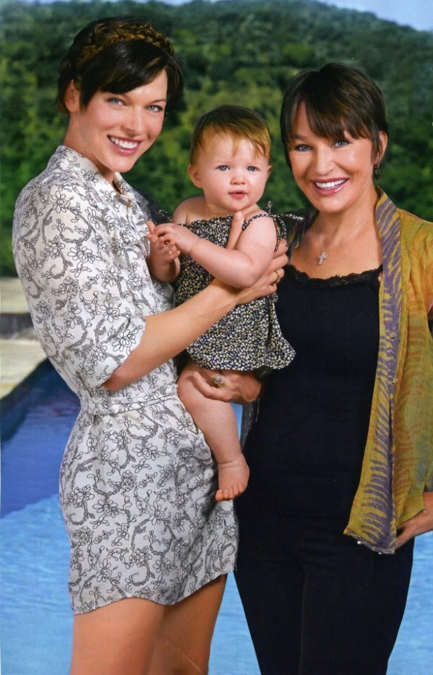 Milla and her daughter with her mom