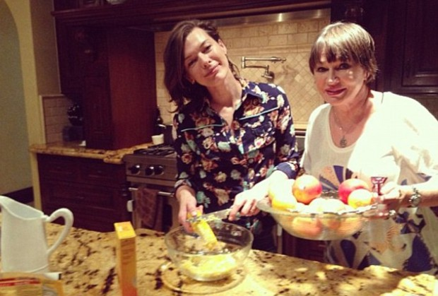 Milla and her mom for Thanksgiving party