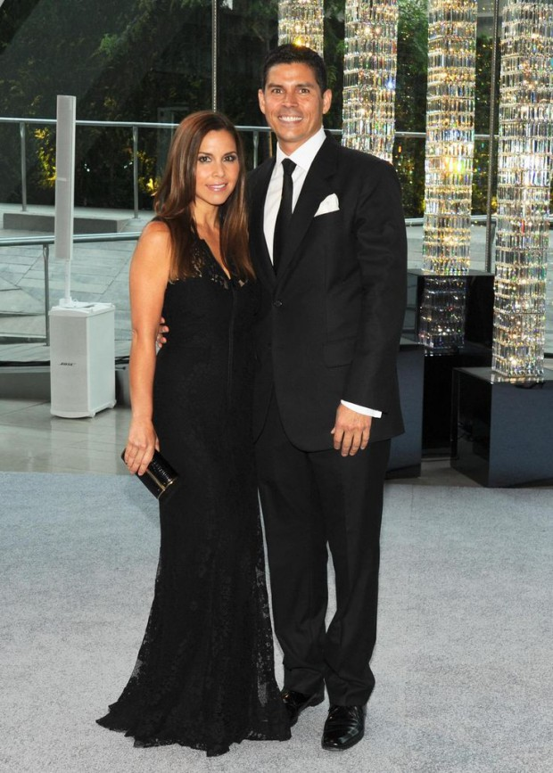 Monique Lhuillier with her husband Tom Bugbee at 2011 CFDA Awards