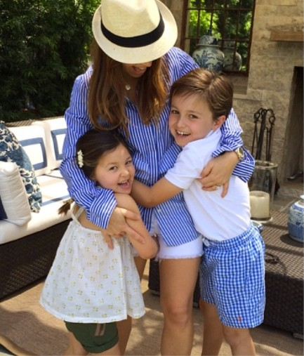 Monique Lhuillier with her kids