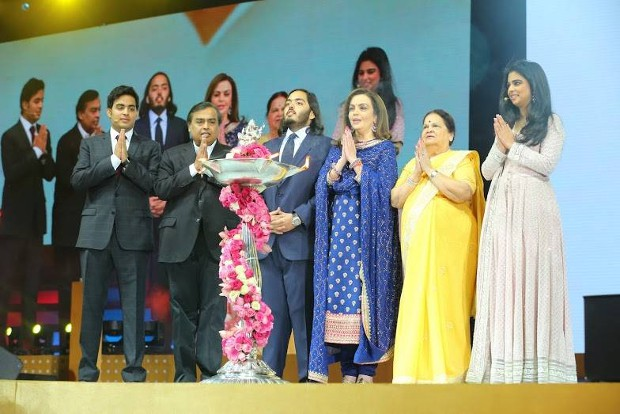 Mukesh Ambani and his family at Reliance Jio Launch