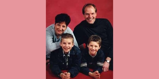 Thoms Muller with his parents and brother