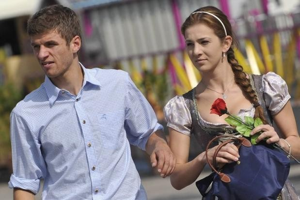 Thomas Muller with his wife Lisa