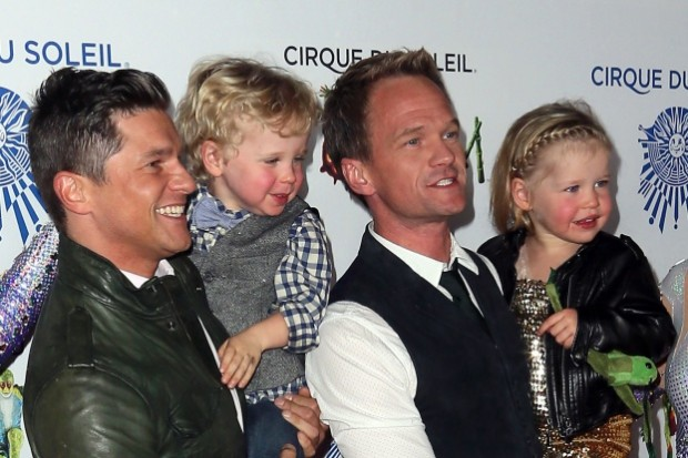 Neil Patrick with his Spouse and his Kids