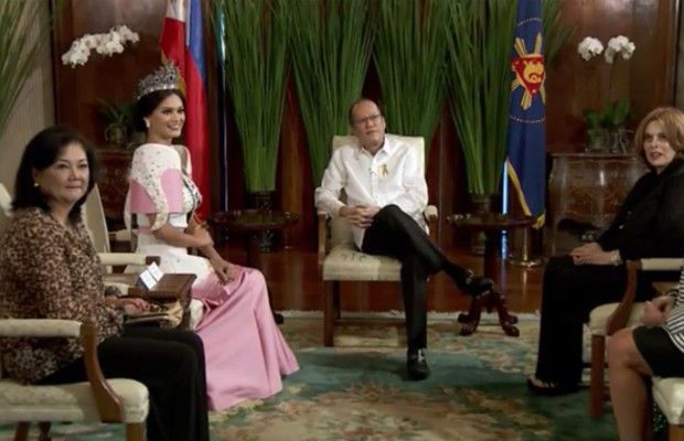 Pia Wurtzbach and Her Mother Meets Philippines President Benigno Aquino III