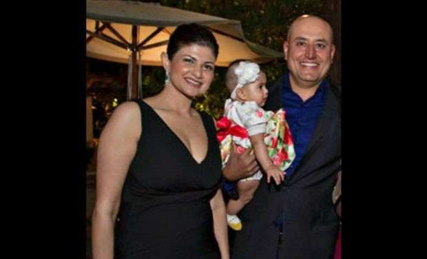 Sabeer Bhatia with His Wife and Kid