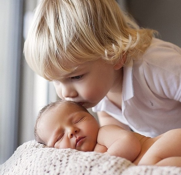 Watson Son William Kissing His Little Sister