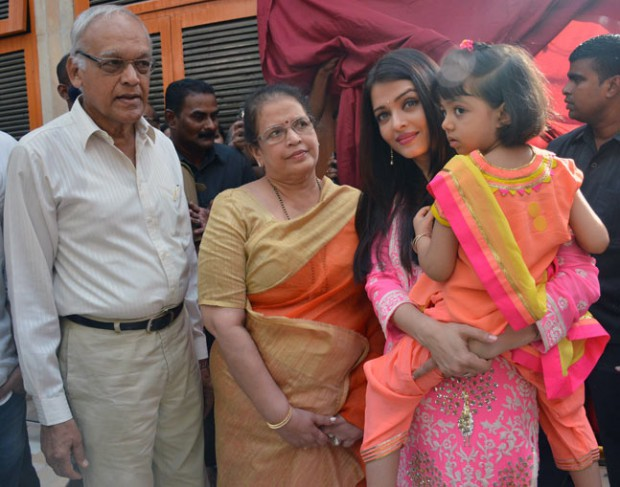Aishwarya Rai with her parents and daughter Aradhya