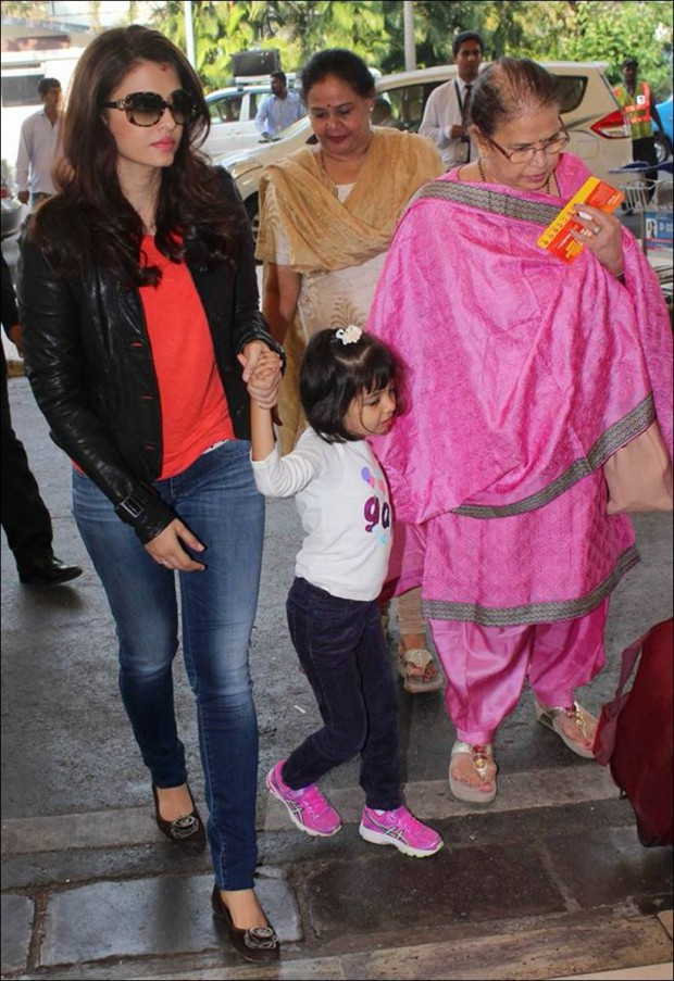 Aish with her daughter and mom