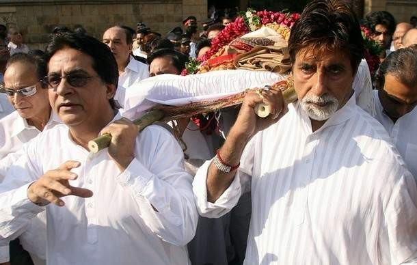 Amitabh with his brother Ajitabh Bachchan