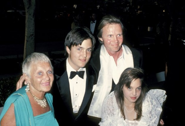 Angelina Jolie with her parents and brother