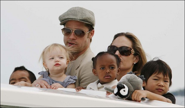 Angelina and Brad with kids on vaccation