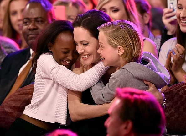 Angelina with her daughters at Kids Choice Awards