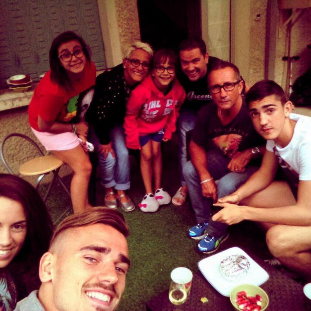 Antoine Griezmann with his family