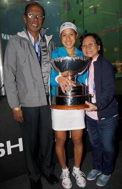 Nicol's celebrations with her parents