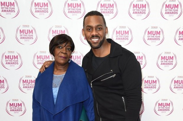 Richard Blackwood and his mom at MUM of the year awards