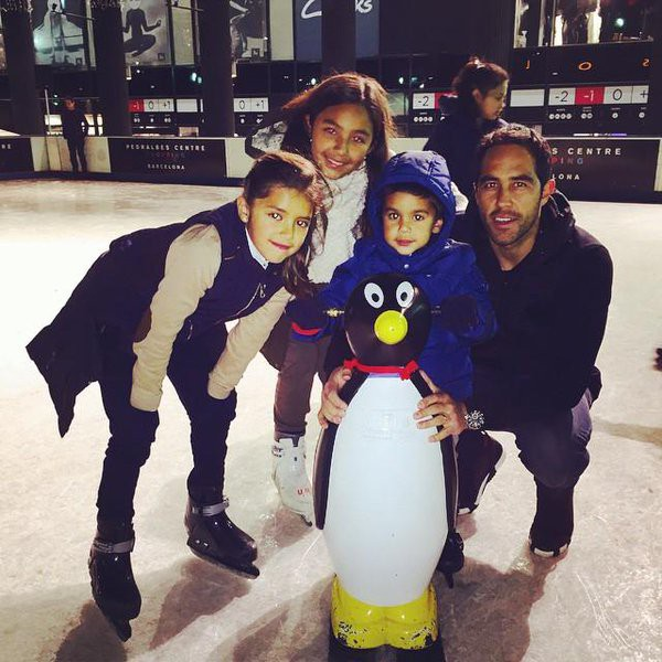 Claudio Bravo with his daughter Maite Bravo Pardo, Josefa Bravo Pardo and son Mateo Bravo Pardo
