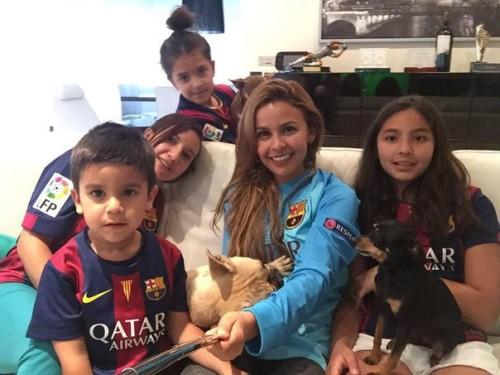 Claudio Bravo's Spouse Carla Pardo and His Kids