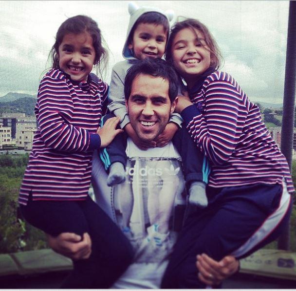 Claudio Bravo with his children