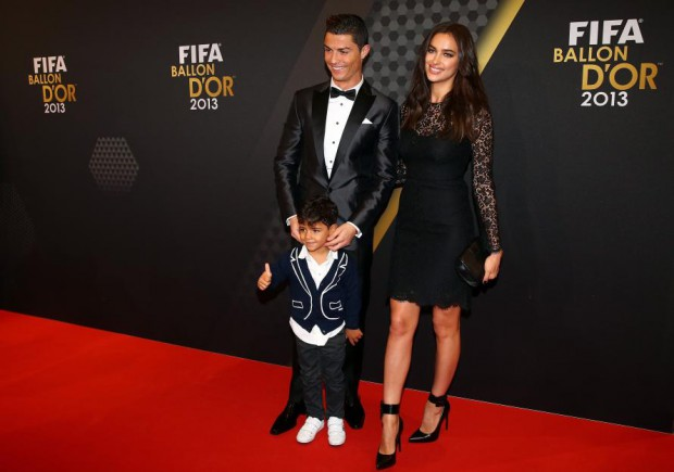Ronaldo with his son along with his girlfriend Irina Shyk