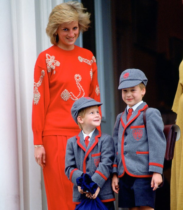 Little Princes with their mom Princess Diana
