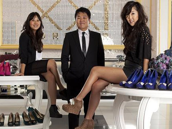 Don Chang with His Daughters