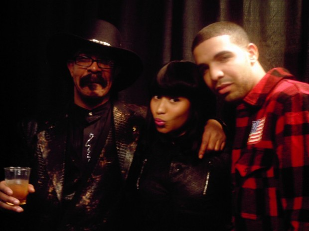 Drake and his dad with Nicki