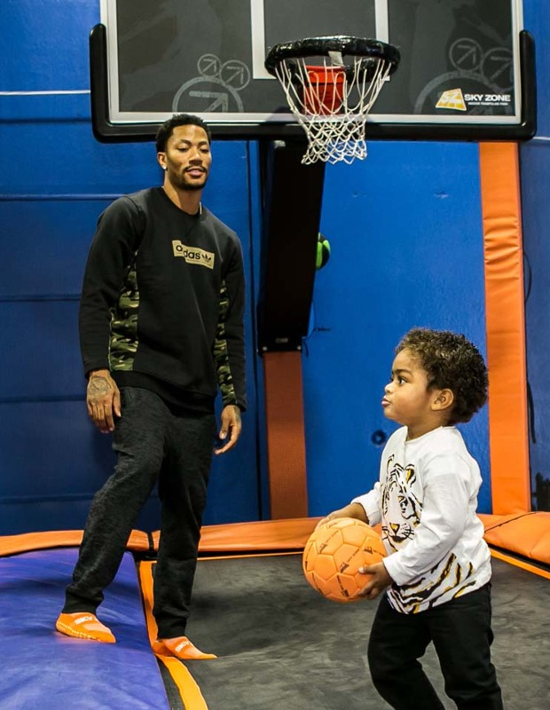 D Rose Watching His Son PJ's  Basketball Skills