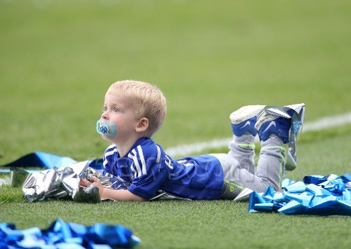 Eden Hazard's son Leo on football pitch