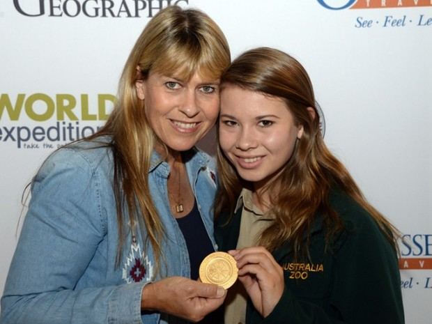 Terri Irwin's Daughter Bindi won Australian Geographic Young Conservationist Award
