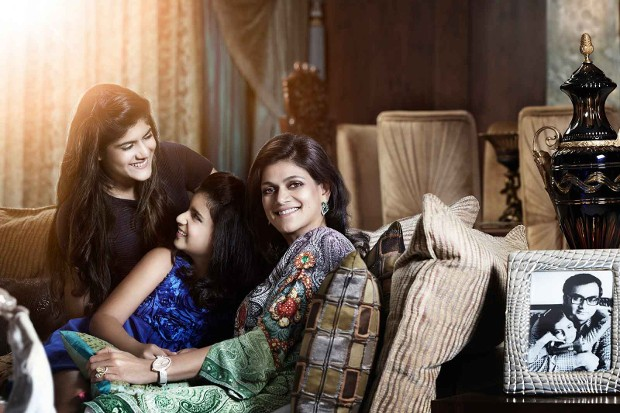 Neerja Birla With Her Daughters Ananyashree and Advaitesha