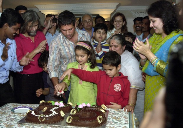 Sachin Birthday celebrations with his Family