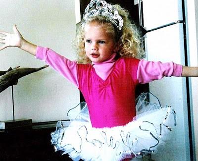Taylor Swift Childhood Pic