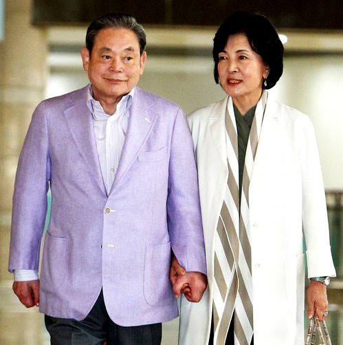 Lee Kun-Hee and his wife Hong Ra-hee,