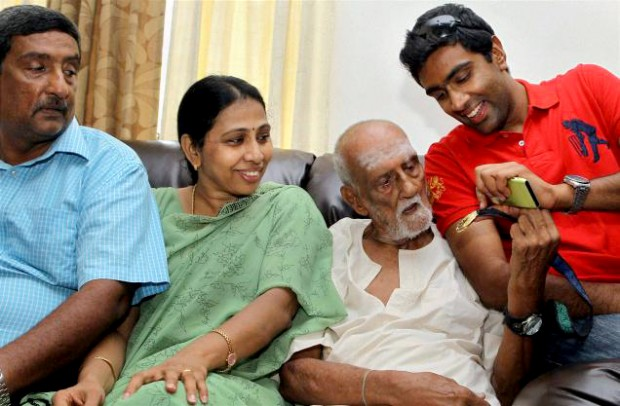 Ravichandran Ashwin Family