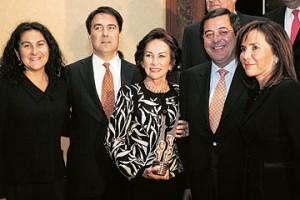Iris Fontbona Family