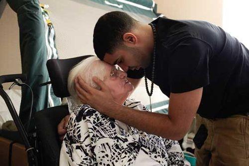 Drake's Grand ma
